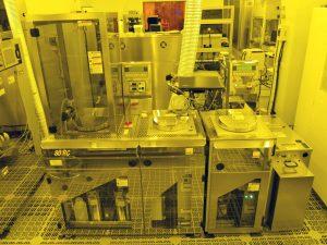 厚膜フォトレジスト用スピンコーティング装置<br>Advanced Spin Coater