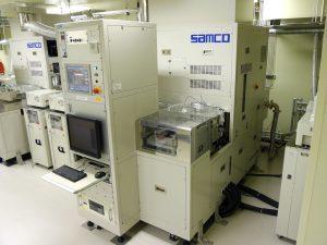 深堀りドライエッチング装置<br>Reactive Ion Deep Silicon Etcher